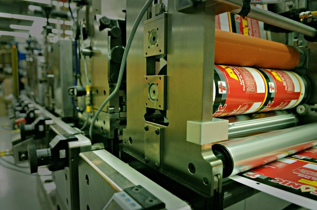 Jet Label & Packaging installs single-pass RFID inserting system