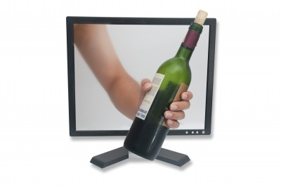 Tapì, Thin Film Electronics partner on smart closures for wine and spirits industry