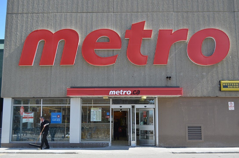 Metro adopts a packaging and printed materials management policy