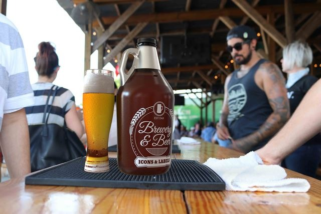 Arch Brewing purchases W. Amsler's 64-oz PET jugs
