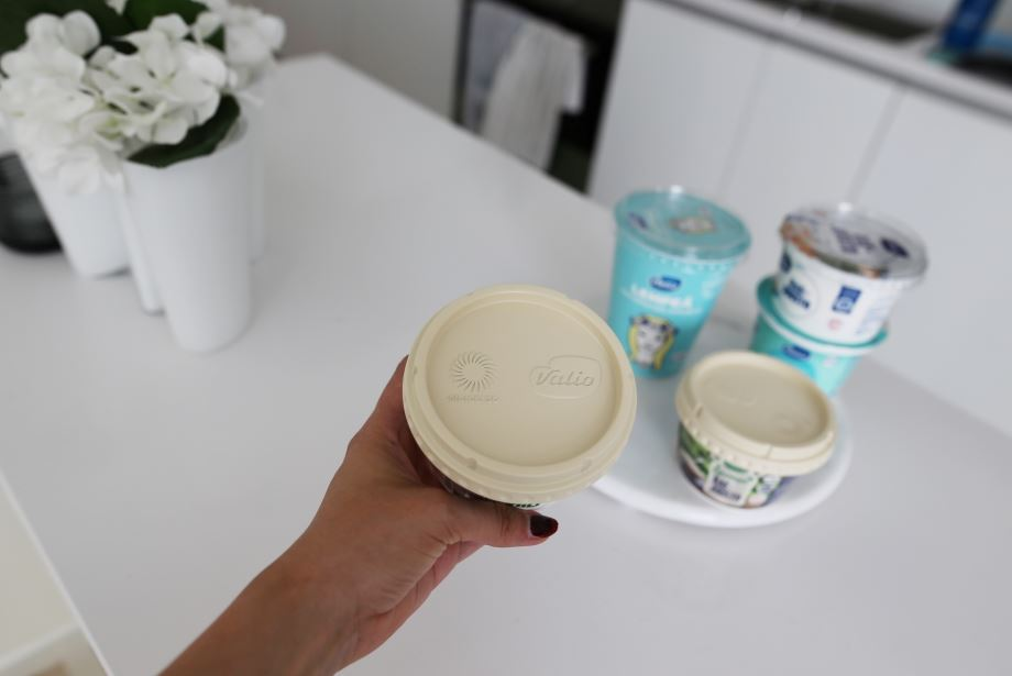Valio, Stora Enso to test biocomposite lids on crème fraiche and quark tubs