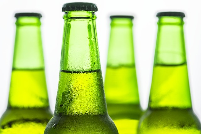 Ardagh provides glass bottles for Sprecher Brewing's new sparkling water range