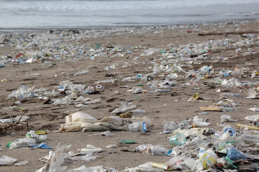 plastic ocean clean-up
