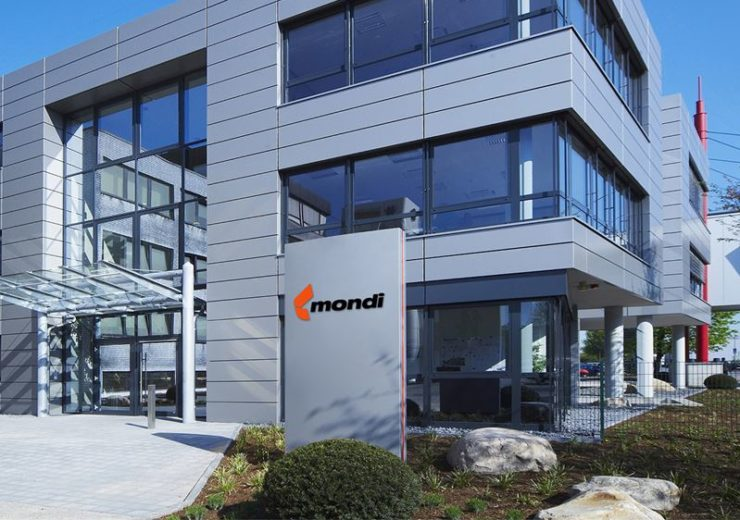 Mondi CEO Peter Oswald to step down