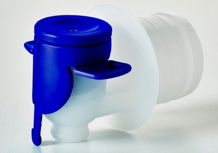Smurfit Kappa introduces new Vitop Blue tap for Bag-in-Box cleaning products