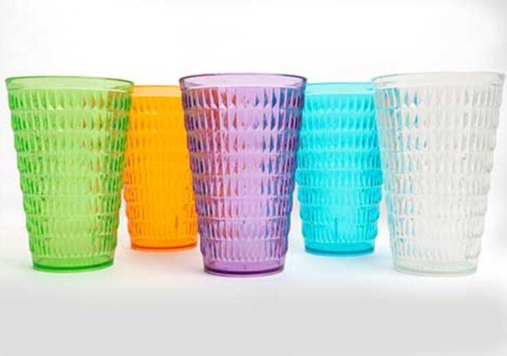 Gonherrplast innovates drinkware market with Cara-e-piña glasses made with Eastman Tritan copolyester