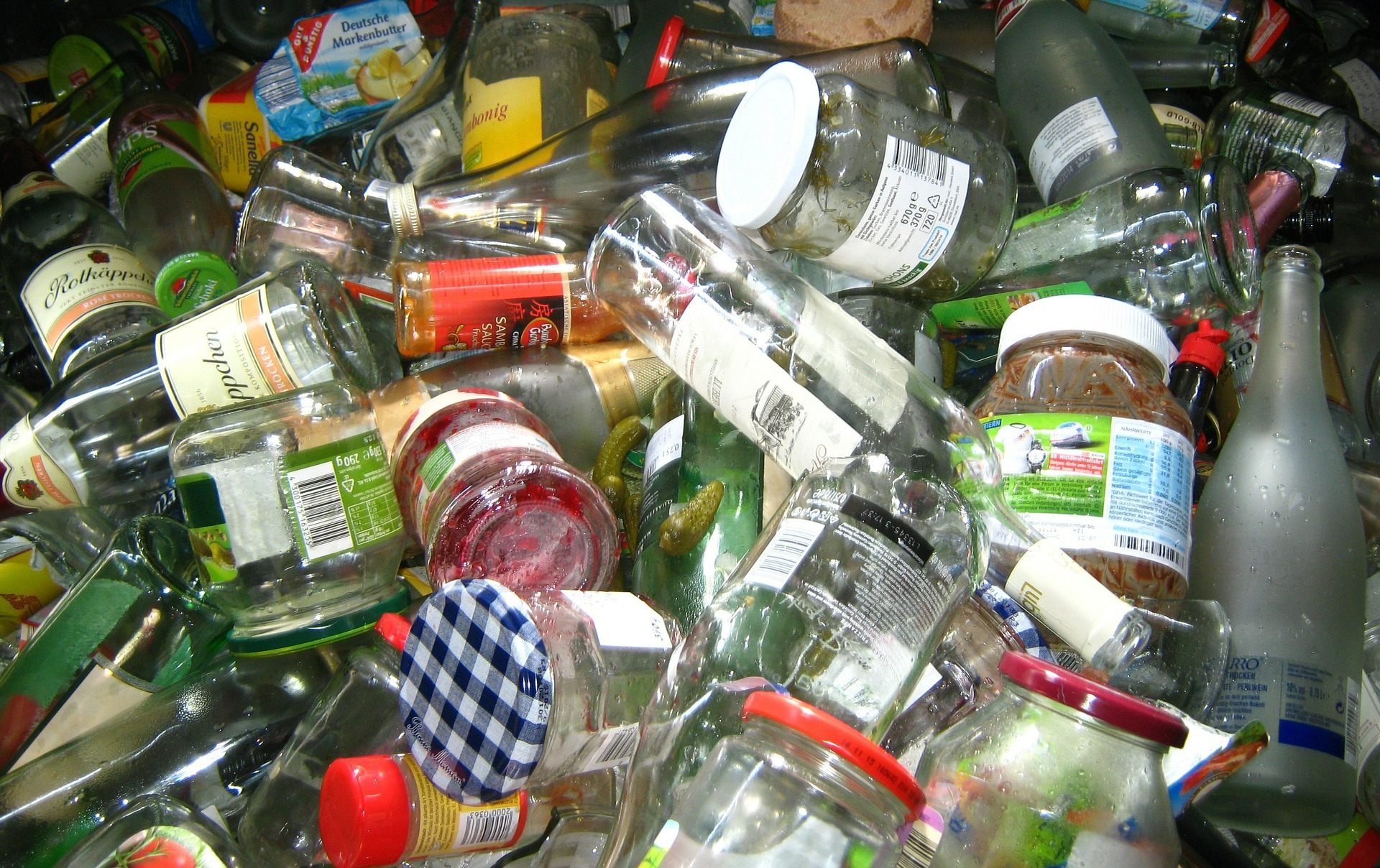 Consumers want sustainable packaging that they can easily put into the right waste stream (Credit: Pixabay)