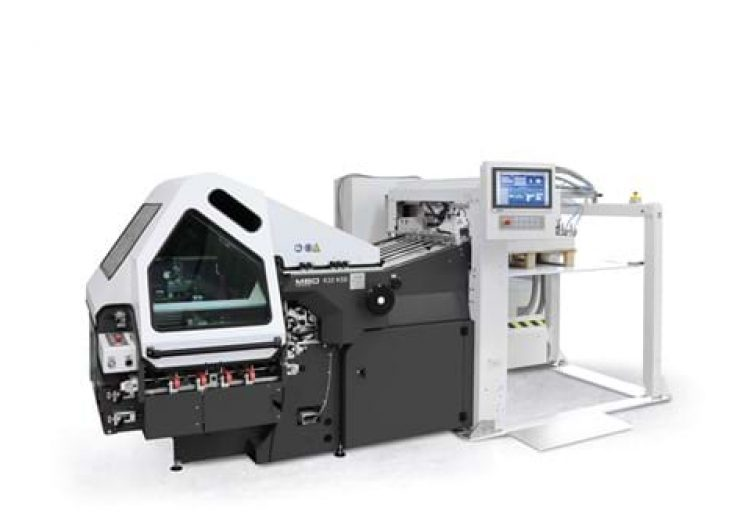 Komori America marks one-year anniversary of MBO Group acquisition with special edition folder
