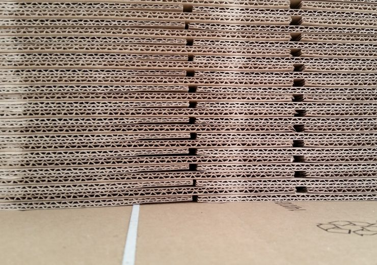 cardboard-467816_1280
