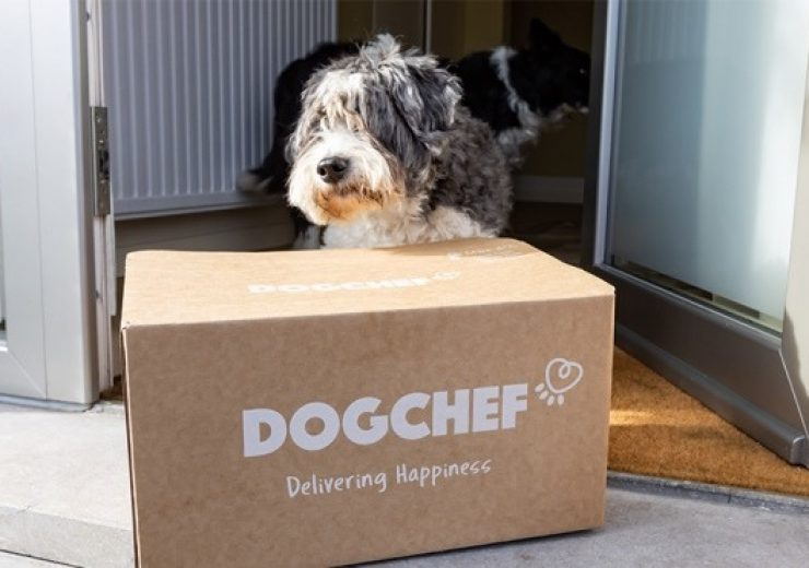 Dog Chef saves on cardboard with new e-commerce food box DS Smith